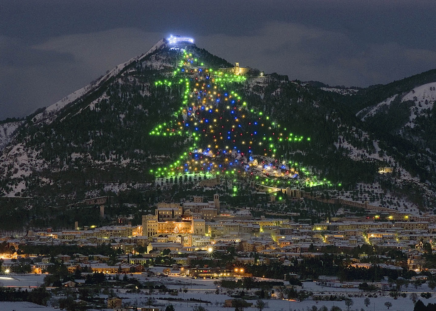 we the italians italian traditions the worlds biggest christmas tree in gubbio perugia - Biggest Christmas Tree