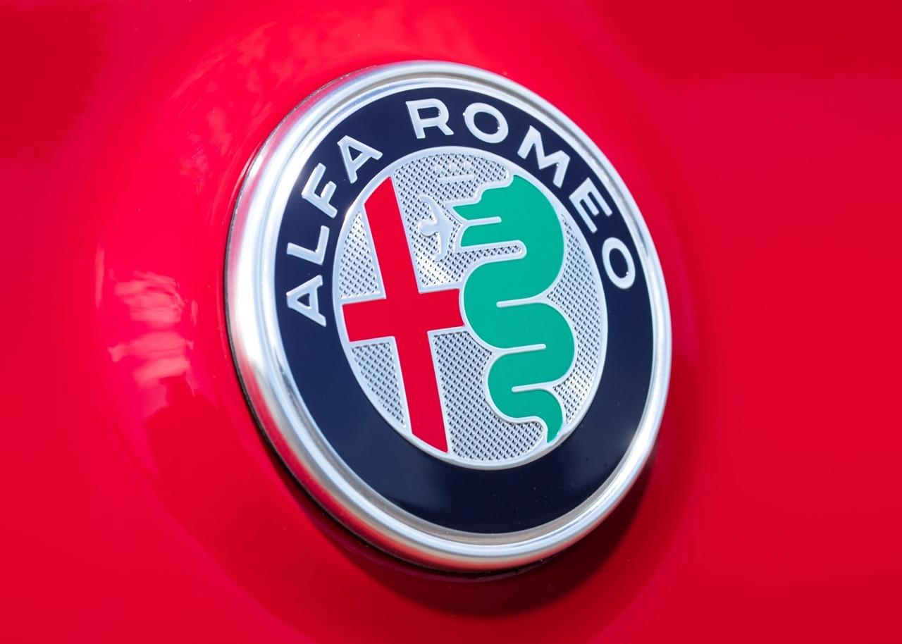 We The Italians Alfa Romeo To Return F1 With Sauber Symbol