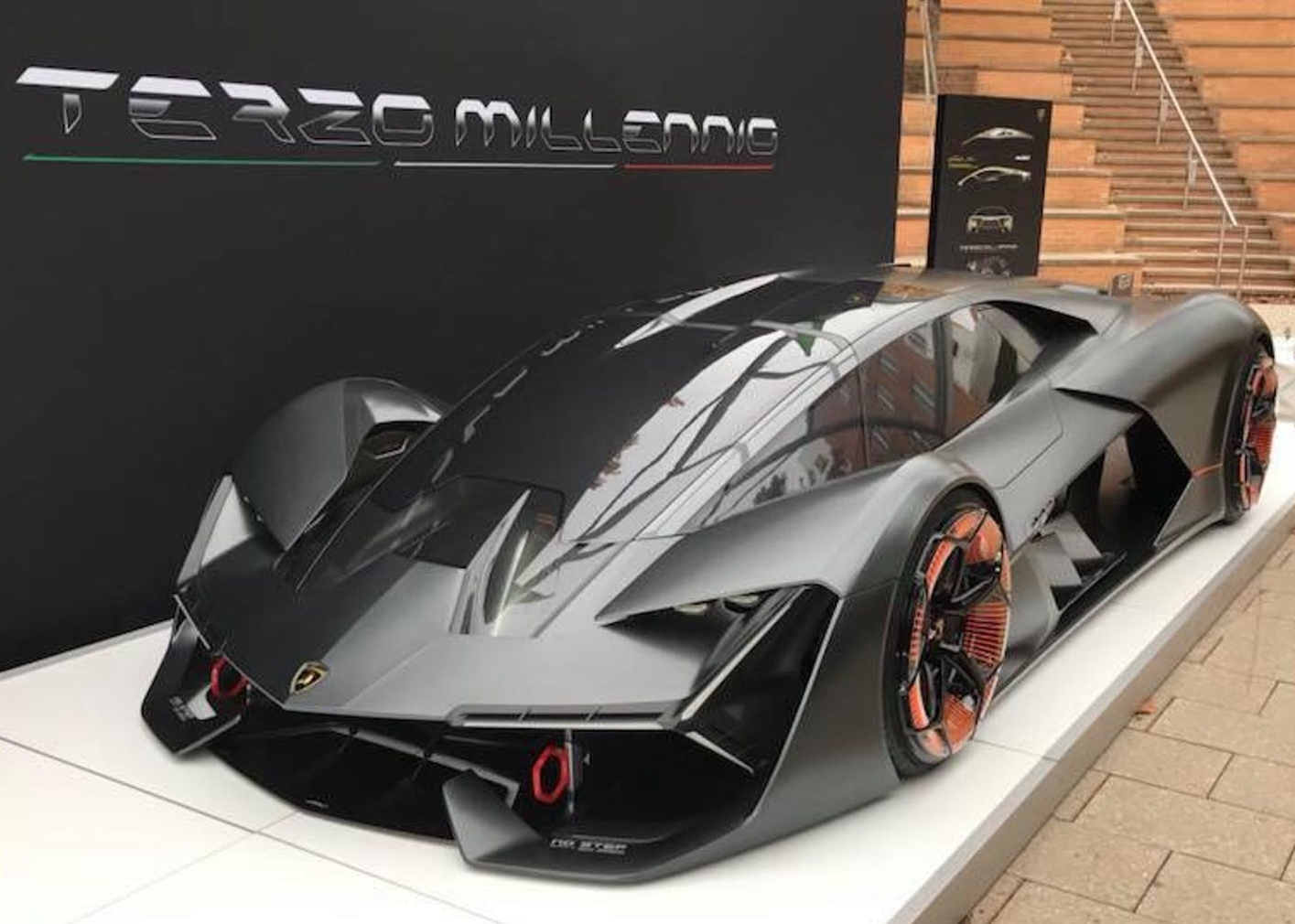 we the italians the lamborghini terzo millennio concept is a lightning strike from the future. Black Bedroom Furniture Sets. Home Design Ideas