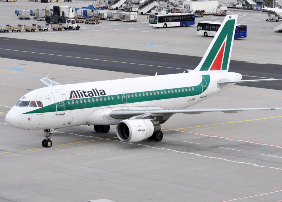 We The Italians | Delta And Alitalia May Merge After Executives Meet